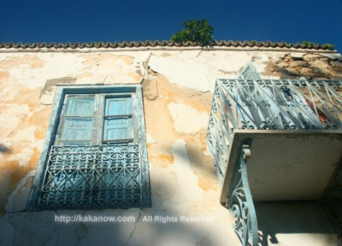 Old house in Sidi-Bou-Said, the blue and white small town in Tunisia, Mediterranean coast, North Africa
