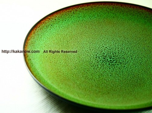 My green plates, they looks like lily pads, very lovely. Photo by kaka