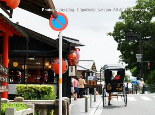 Rickshaw in shop street at Arashiyama, Kyoto, Japan. Photo by kaka. http://kakanow.com