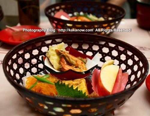 Japanese set lunch at Nara Park Todaiji Temple. Japan, Nara, Photo by KaKa.