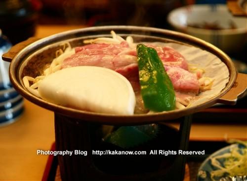 Japanese hot pot set lunch at Lake Kawaguchi. Japan, Mount Fuji, Photo by KaKa.