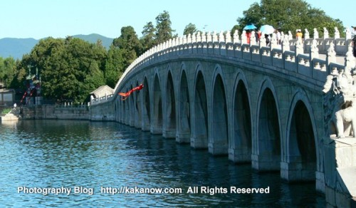 17 arch bridge in the summer palace in Beijing, China. Photo by KaKa.