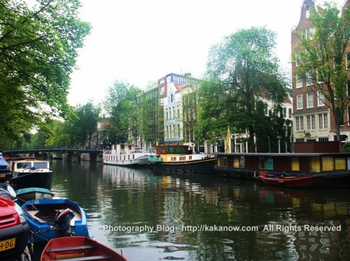 Amsterdam is a city on canal. Netherland travel. Photo by kaka.