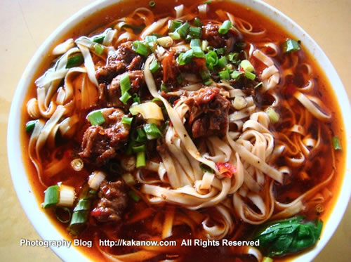 "China travel, Chongqing, the gourmet called ""Small Noodles"". Photo by KaKa."