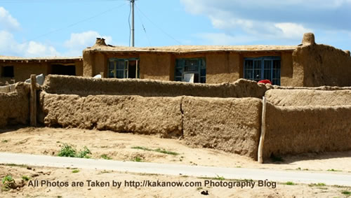 China travel, Inner Mongolia, Horqin prairie, village. Photo by KaKa.