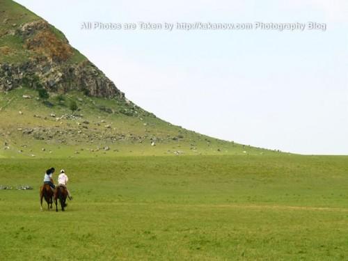 China travel, Inner Mongolia, Ulanhad, Dalinor, horse riding. Photo by KaKa.