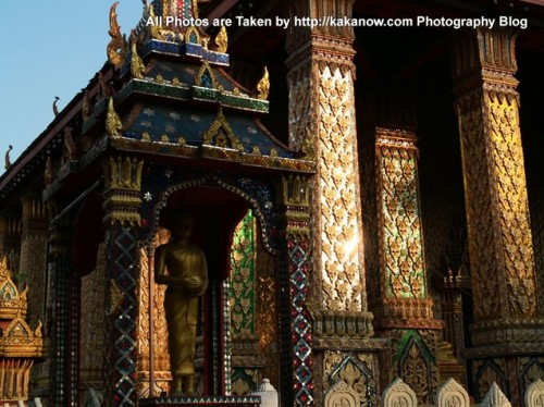 Thailand travel, Bangkok, a community temple. Photo by KaKa.