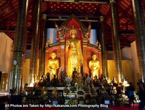 Thailand travel, Chiang Mai, Wat Chedi Luang Temple. This is a magnificent large temple. Inside the main hall. Photo by KaKa.