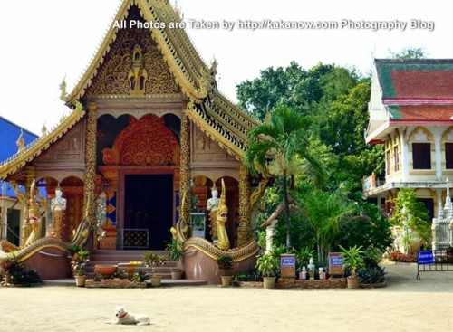 Thailand travel, Chiang Mai, a small temple in a community. Photo by KaKa.