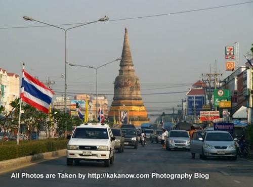 Thailand travel, Ayutthaya street. Photo by KaKa.