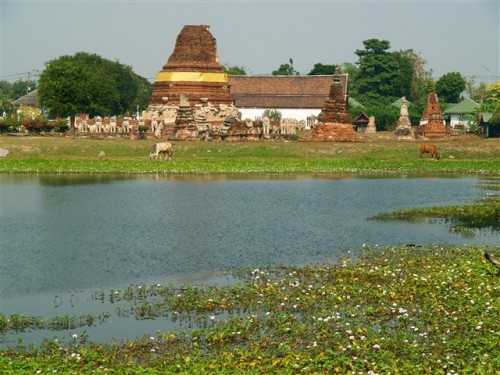 Thailand travel, Ayutthaya, Temple ruins at the riverside. Photo by KaKa.