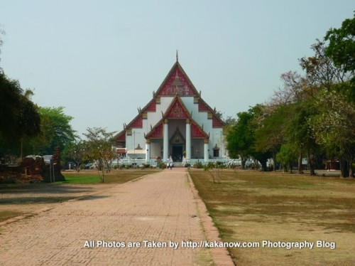 Thailand travel, Ayutthaya, Wiharn Phra Mongkhon Bopit Temple. Photo by KaKa.