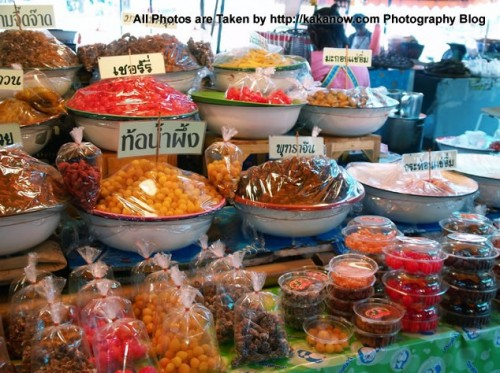 Thailand travel, Ayutthaya, Traditional market, Candied Fruit. Photo by KaKa.